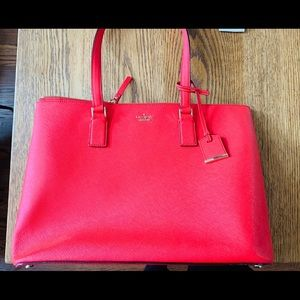 Kate Spade Tote with zipper